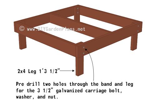 9-chicken-coop-plans-floor-leg